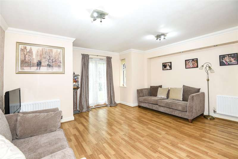2 Bedrooms Apartment Flat for sale in Eltham Lodge, 9A Apsley Close, Harrow, Middlesex, HA2