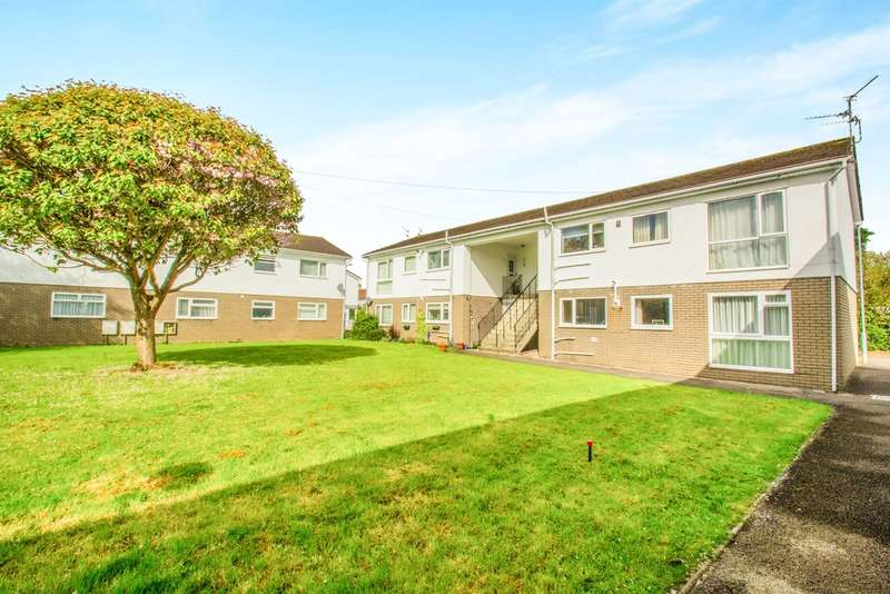 2 Bedrooms Maisonette Flat for sale in Blandon Way, Cardiff
