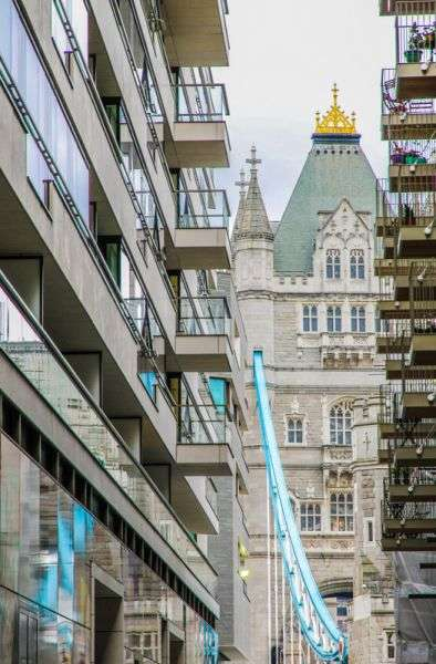 1 Bedroom Flat for sale in Tudor House, One Tower Bridge SE1