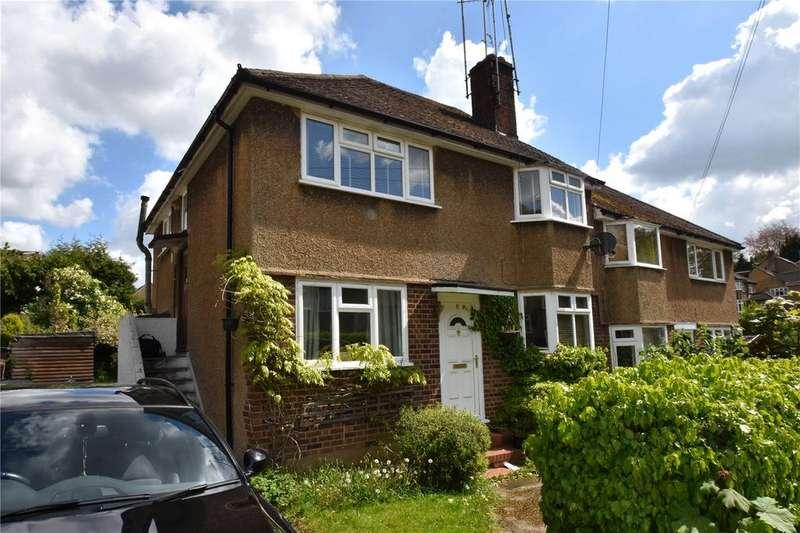 2 Bedrooms Maisonette Flat for sale in Kenton Gardens, St. Albans, Hertfordshire