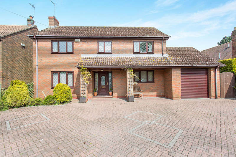 4 Bedrooms Detached House for sale in High Street, Hook, Goole, DN14