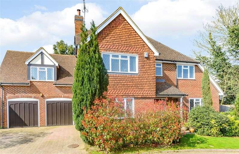 5 Bedrooms Detached House for sale in Handpost Lodge Gardens, Leverstock Green, Hertfordshire