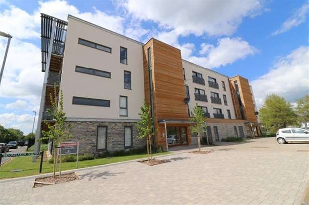 1 Bedroom Flat for sale in Moonraker Square, Street