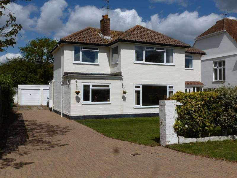 4 Bedrooms Detached House for sale in Kingsway, Craigweil Private Estate, Craigweil-on-Sea, Bognor Regis PO21