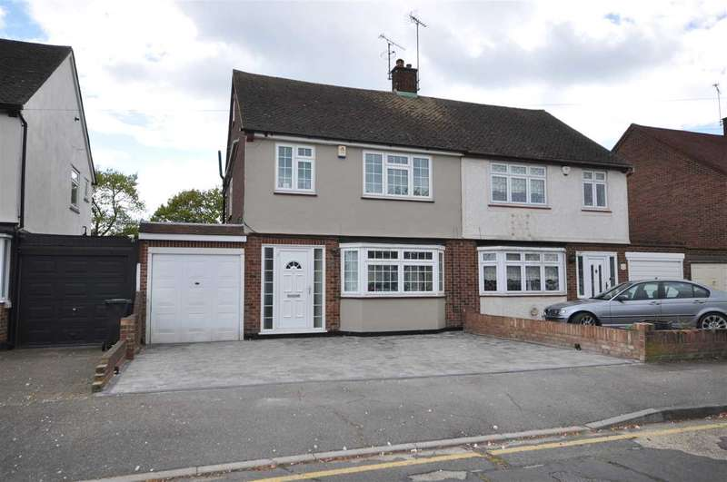 4 Bedrooms Semi Detached House for sale in Freshwell Gardens, Brentwood