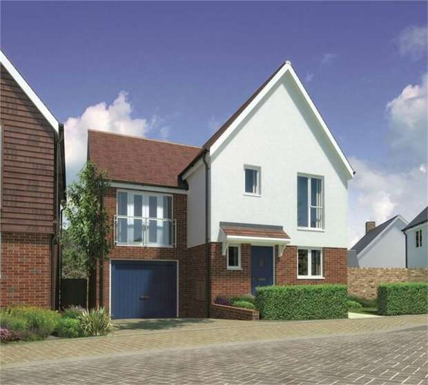 4 Bedrooms Detached House for sale in Nursery Rise, Waltham Abbey, Essex