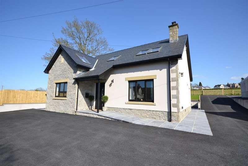 4 Bedrooms Detached Bungalow for sale in Pencader