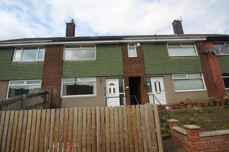 3 Bedrooms Town House for sale in Kershaw Crescent, Luddendenfoot, Halifax