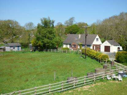 5 Bedrooms Detached House for sale in Gaerwen, Sir Ynys Mon, Anglesey, LL60