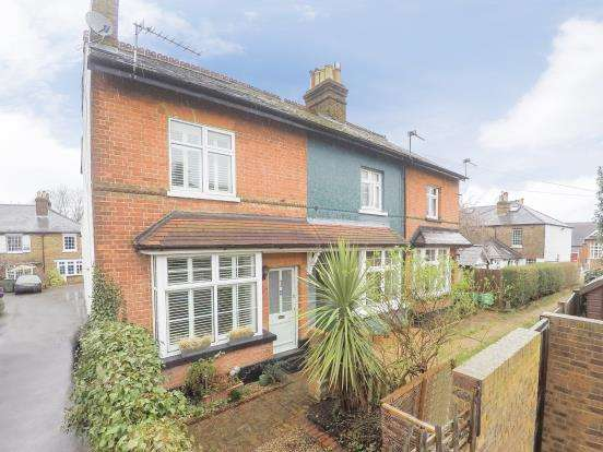 2 Bedrooms House for sale in Elm Road, Claygate, Esher