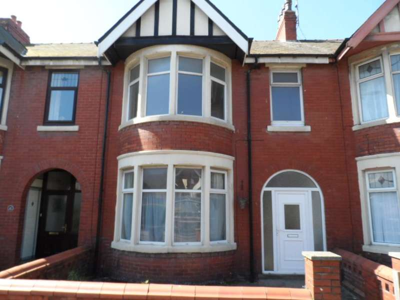 3 Bedrooms Terraced House for sale in Grasmere Road, Blackpool, FY1 5HR