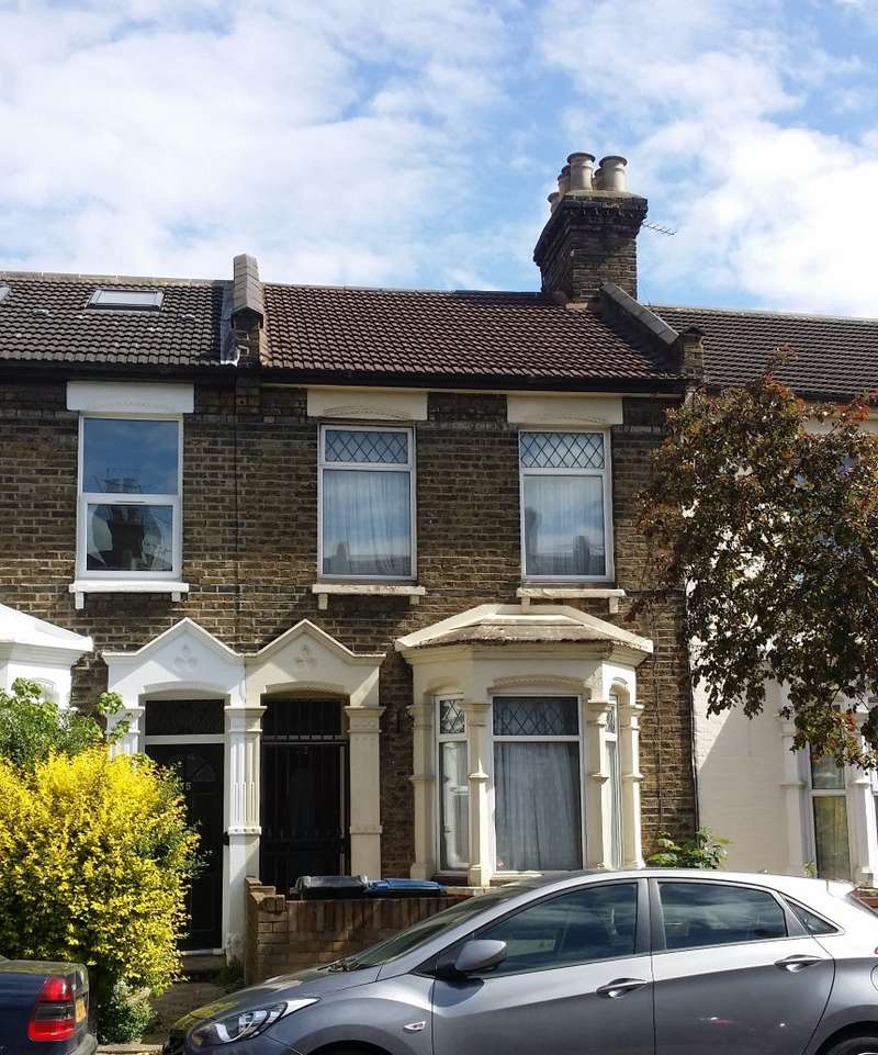 2 Bedrooms Terraced House for sale in Napier Road, Leytonstone, London, E11 3JY