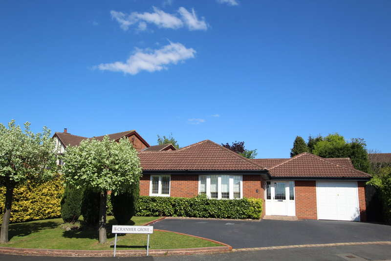4 Bedrooms Detached Bungalow for sale in Cranmer Grove, Four Oaks, Sutton Coldfield, B74 4XT