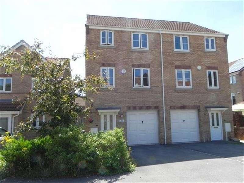 4 Bedrooms Property for rent in Longfield Avenue, Bilborough, Nottingham, NG84JP