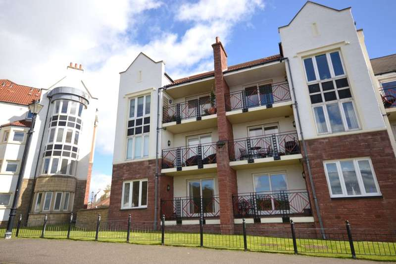 2 Bedrooms Flat for sale in The Moorings, Dalgety Bay, Dunfermline, KY11