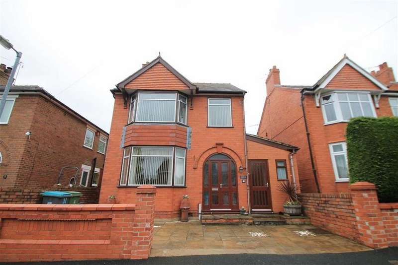 3 Bedrooms Detached House for sale in Bryn Glas, Rhos, Wrexham