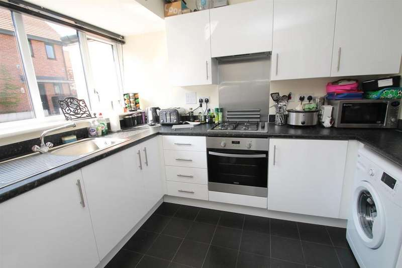 4 Bedrooms House for sale in Teddington Drive, Leybourne, West Malling