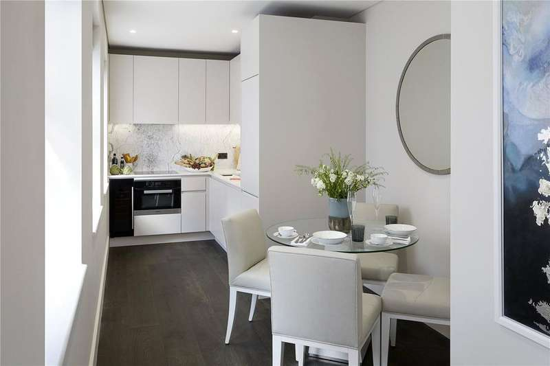 3 Bedrooms Apartment Flat for sale in Pinks Mews, Holborn, EC1N
