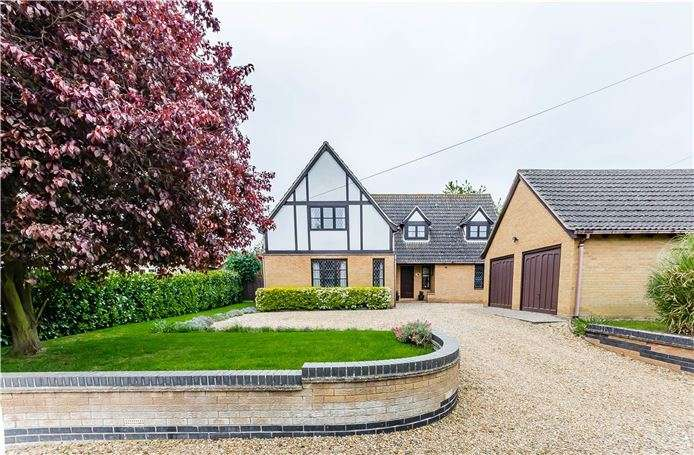 4 Bedrooms Detached House for sale in Lode Way, Haddenham, Ely