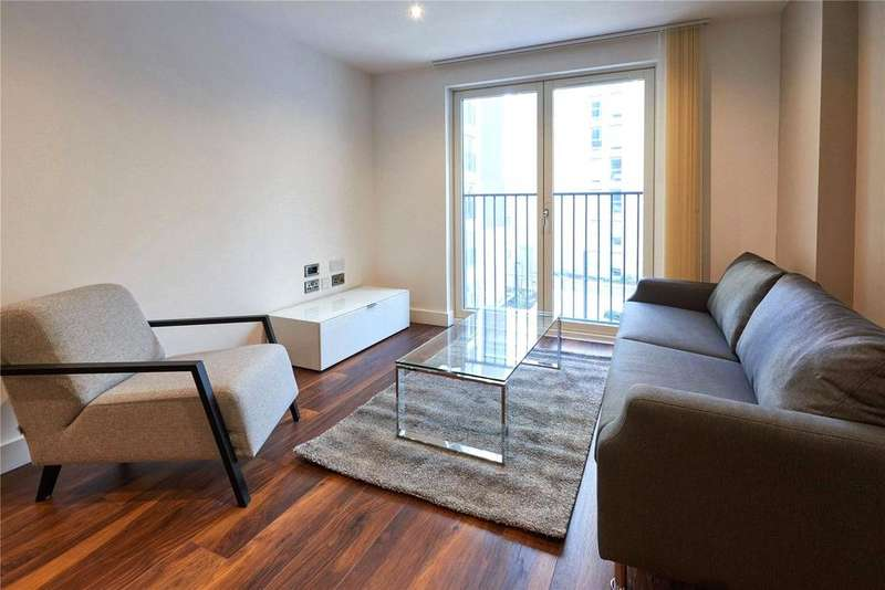 3 Bedrooms Flat for rent in New Bridge Street, Manchester, Greater Manchester, M3