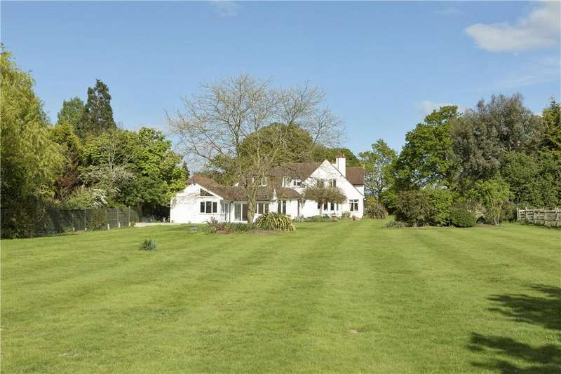 5 Bedrooms Detached House for sale in Horsley Road, Downside, Cobham, Surrey, KT11