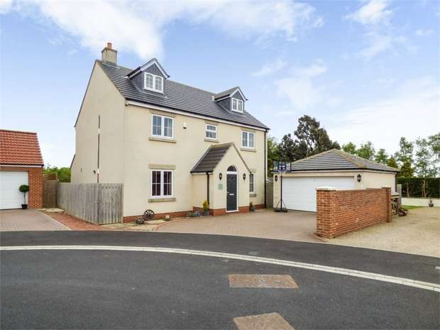 6 Bedrooms Detached House for sale in Honey Pot Close, Whitton Village, Stockton-on-Tees, Durham