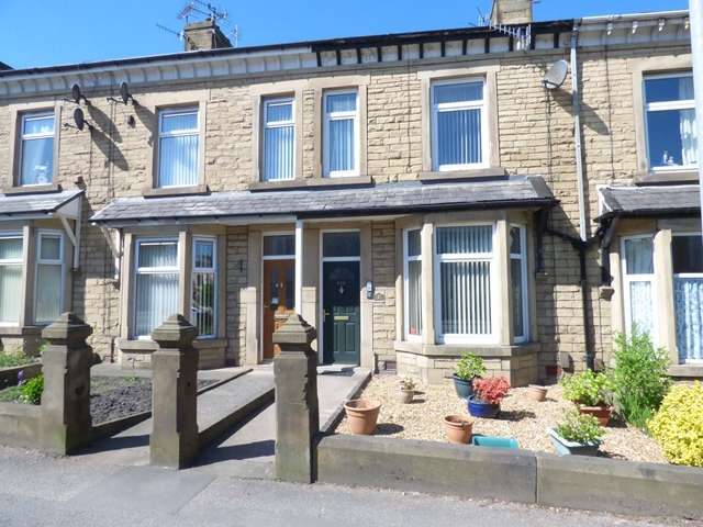 3 Bedrooms Terraced House for sale in Blackburn Road, Darwen, BB3