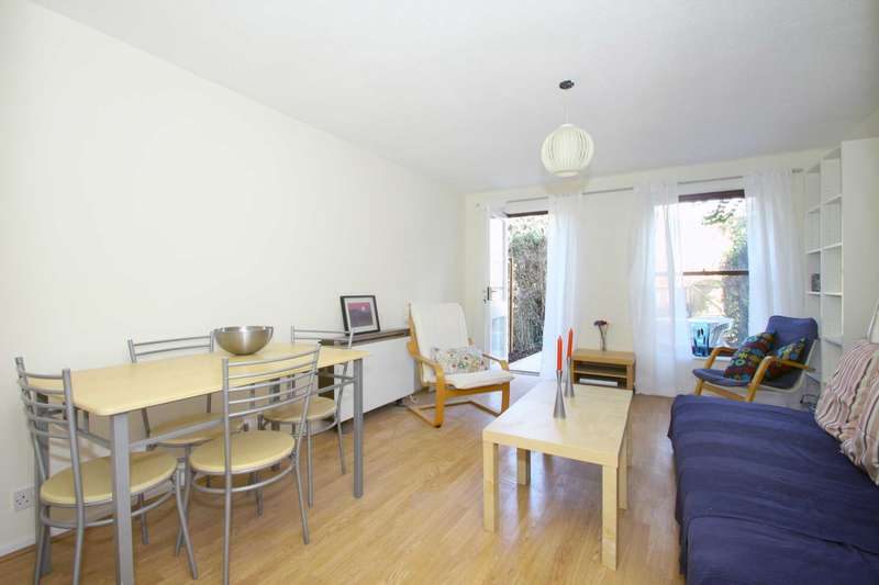 2 Bedrooms House for sale in Deal Street, Spitalfields