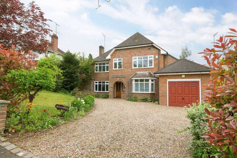 5 Bedrooms Detached House for sale in Hall Park Hill, Berkhamsted
