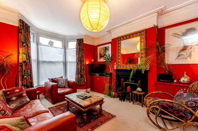 3 Bedrooms End Of Terrace House for sale in Buckingham Road, Harlesden, NW10