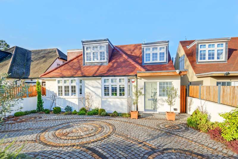 4 Bedrooms Detached House for sale in The Vale, Golders Green