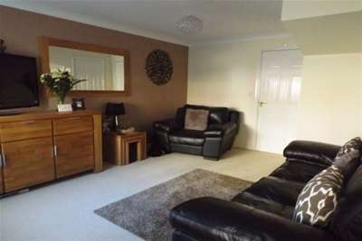 3 Bedrooms House for rent in Appleby Close - Darlington