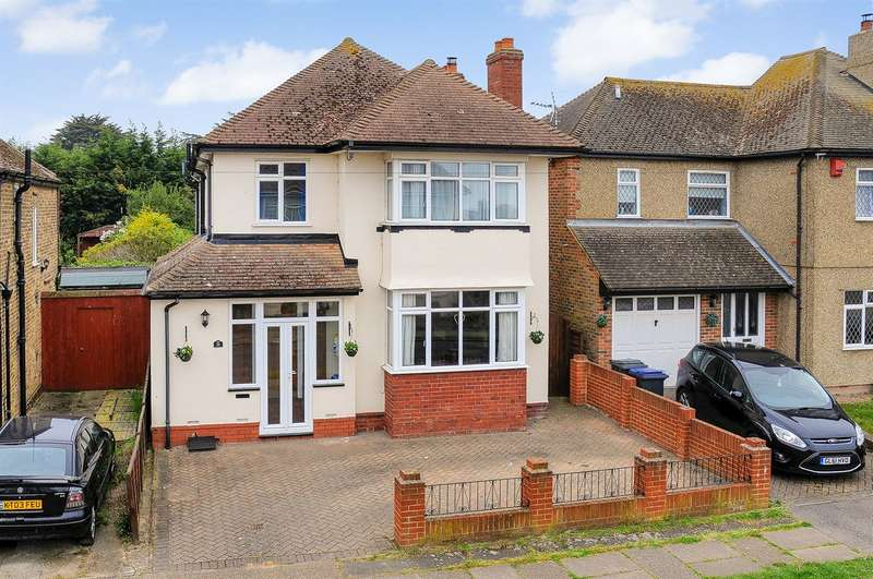 4 Bedrooms Detached House for sale in Ridgeway Cliff, Herne Bay