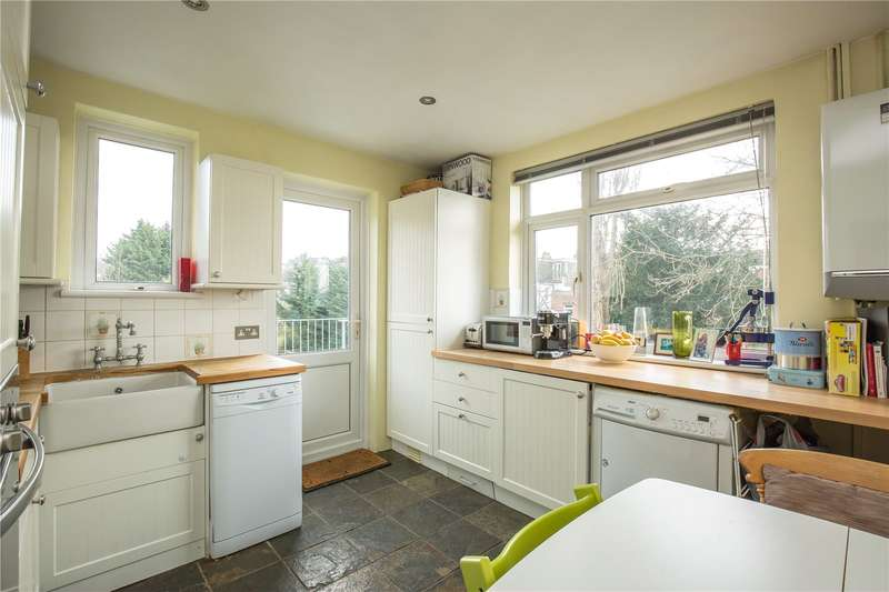 2 Bedrooms Maisonette Flat for sale in Eversleigh Road, Finchley, London, N3