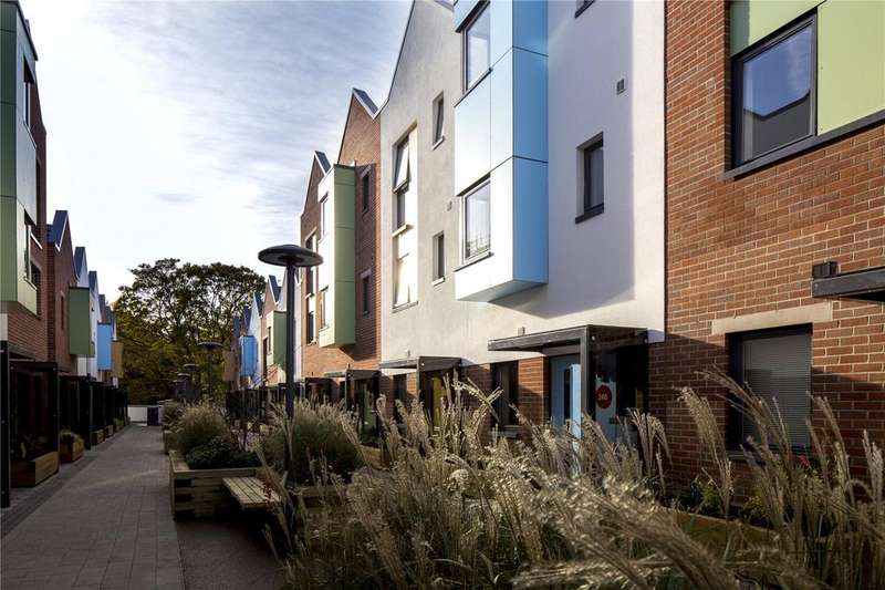 3 Bedrooms Terraced House for sale in Paintworks, Arnos Vale, Bristol, BS4