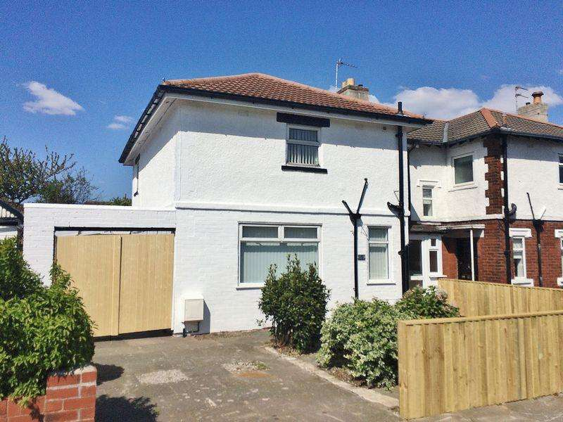 3 Bedrooms Semi Detached House for sale in Limont Road, Ainsdale