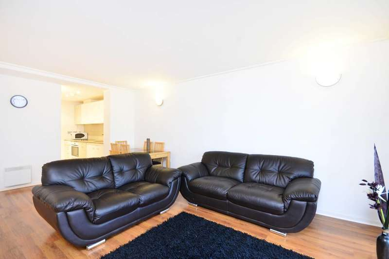 2 Bedrooms Flat for sale in Hutchings Street, Canary Wharf, E14