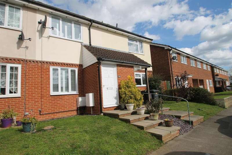 2 Bedrooms Terraced House for sale in Alma Road, Eccles, Aylesford