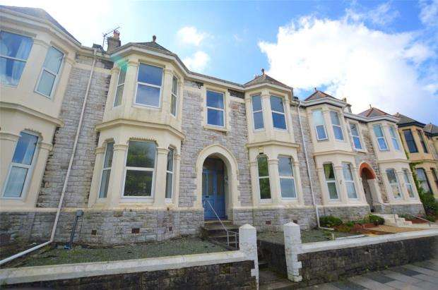 3 Bedrooms Flat for sale in Gordon Terrace, Mutley, Plymouth