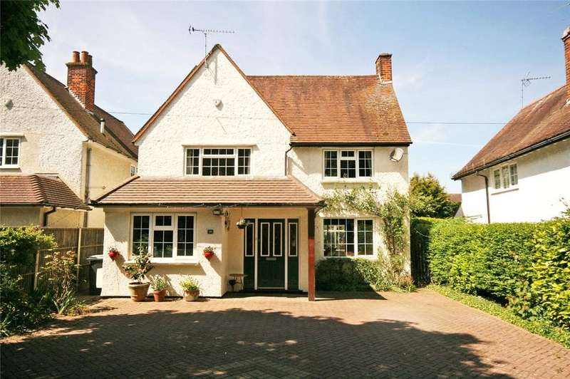 4 Bedrooms Detached House for sale in London Road, Knebworth, Hertfordshire