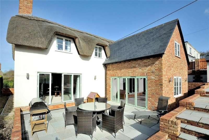 3 Bedrooms Detached House for sale in Little England, Milborne St. Andrew, Blandford Forum, Dorset