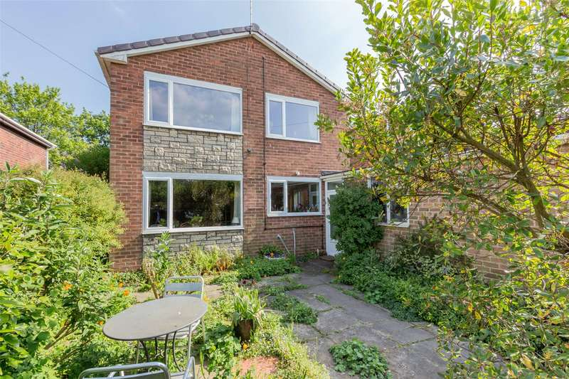 3 Bedrooms Detached House for sale in Roehampton Rise, Doncaster, DN5