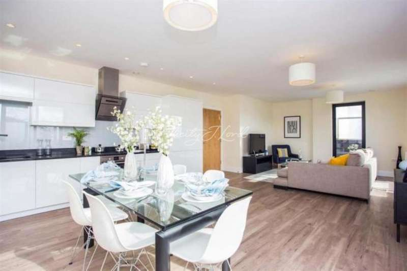 1 Bedroom Flat for sale in Apex House, Sylvester Road, E8