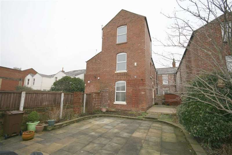2 Bedrooms House for sale in Castle Street, Southport