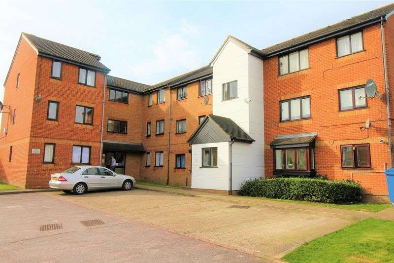1 Bedroom Flat for sale in Whitehead Close, London N18