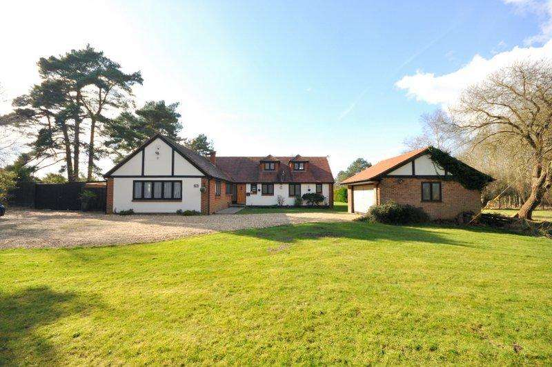 5 Bedrooms House for sale in Wayside Road, St Leonards, Ringwood, BH24 2SL