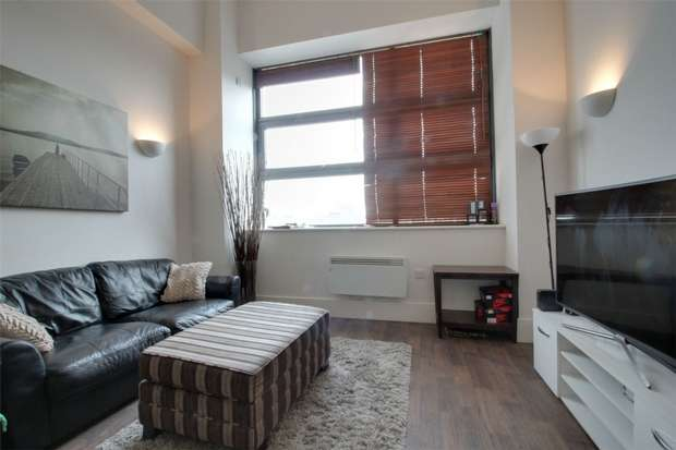 1 Bedroom Flat for sale in Brindley House, Newhall Street, Birmingham city centre, West Midlands