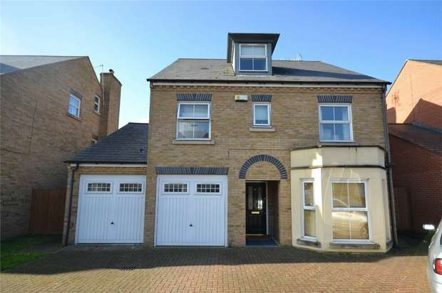 4 Bedrooms Detached House for sale in Compton Avenue, Sudbury, Middlesex