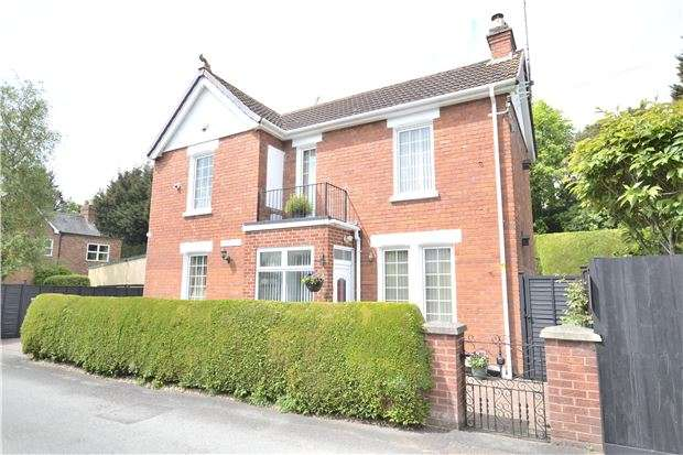 3 Bedrooms Detached House for sale in Belmont Avenue, Hucclecote, GLOUCESTER, GL3 3SF