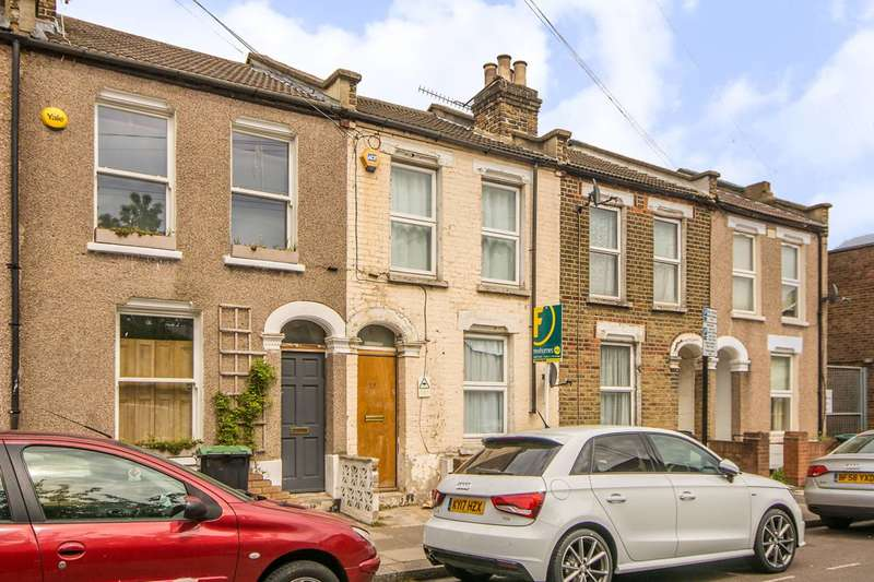 4 Bedrooms Flat for sale in Reform Row, Tottenham, N17